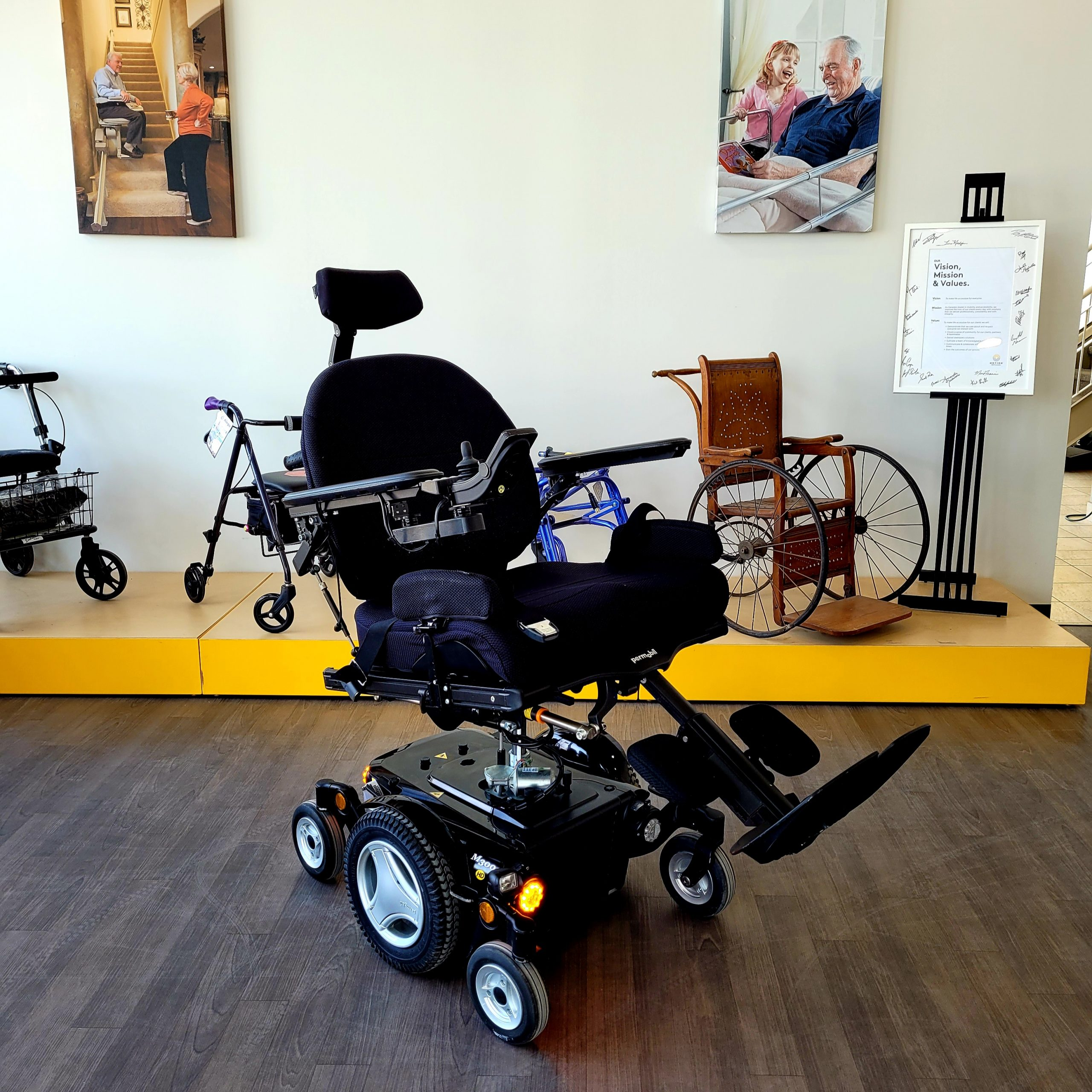 Barroe showroom - power wheelchair display